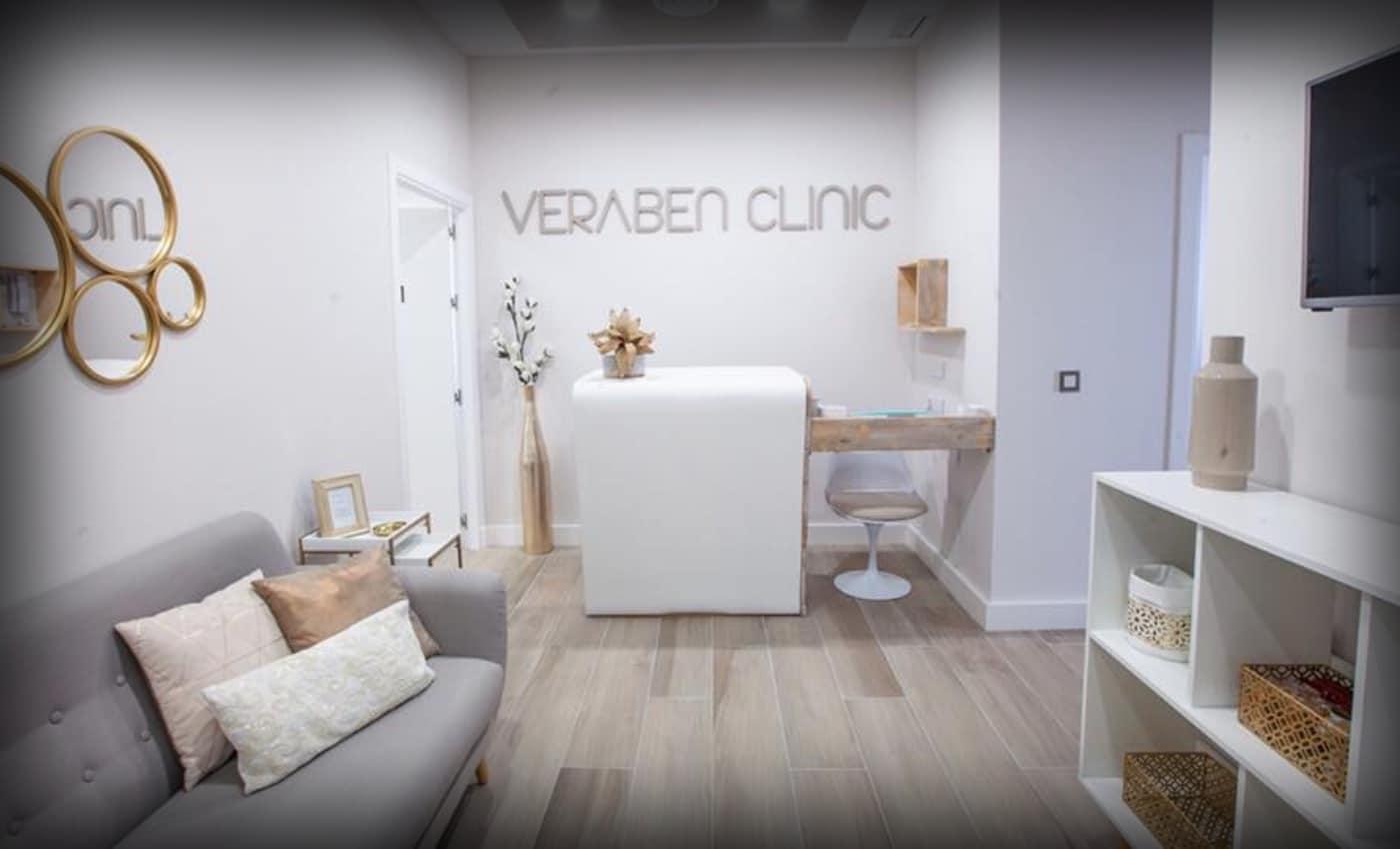 imagen de recepcion veraben clinic medicina estetica la linea de la concepcion cadiz
